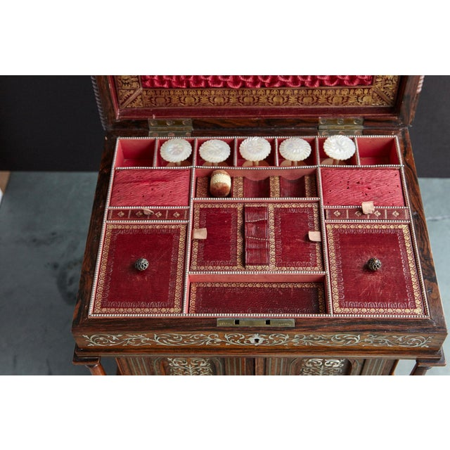 Important William IV Rosewood & Mother of Pearl Inlaid Lady's Table Compendium For Sale - Image 9 of 13