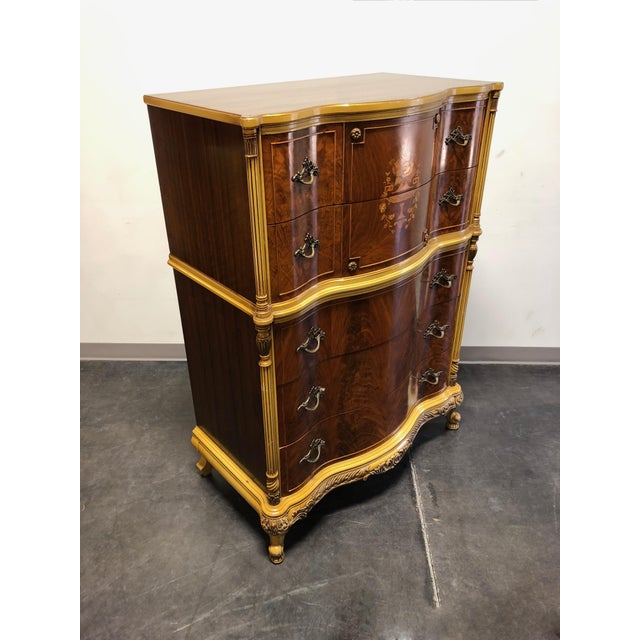A vintage chest on chest in the French Provincial Louis XV style. Likely American in origin from the early to mid 20th...