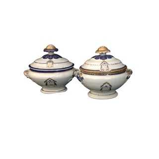 18th Century Chinese Export Armorial Sauce Tureens - a Pair For Sale