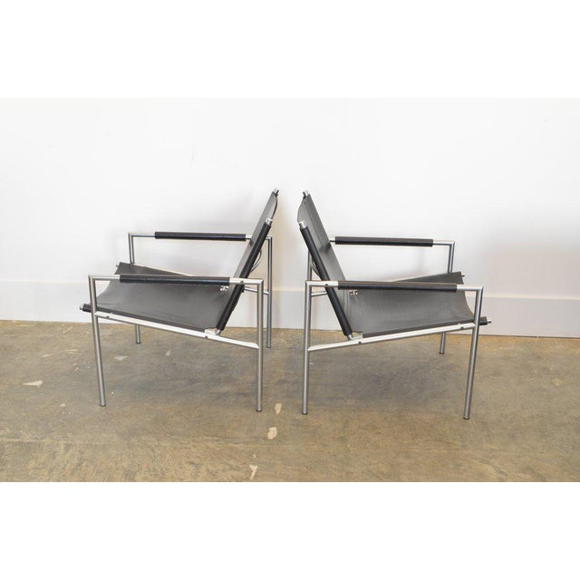 Mid-Century Modern Pair of Martin Visser Lounge Chairs in Black Leather, 1965 For Sale - Image 3 of 5
