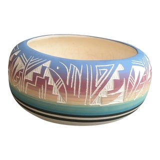Vintage Navajo Style Pottery Bowl For Sale