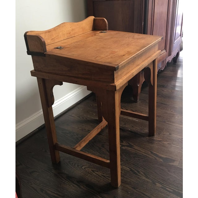 Antique Country Pine Slant Top Children's School Desk - Image 4 of 11