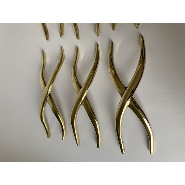 Pair of 1950s Polished Brass X Pulls For Sale In New York - Image 6 of 13