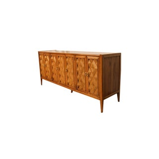 Mid Century Modern Broyhill Premier Diamond Head Series Credenza For Sale