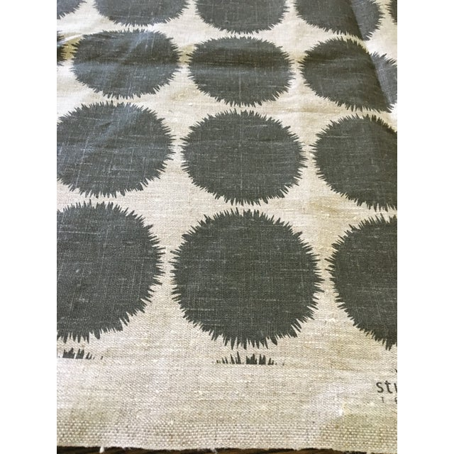 Studio Bon's Fuzz fabric is a lively, graphic pattern on textural oatmeal linen. This pattern, on this fabric, is no...