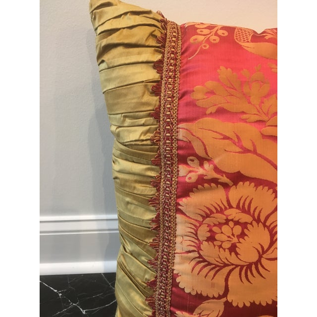 Hollywood Regency Vintage Fuschia & Gold Silk Pillows - a Pair For Sale - Image 3 of 8