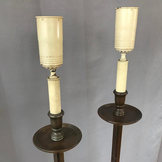 1940s Pair of Frances Elkins Ratcheted Adjustable Height Mahogany Floor Lamps, 1940s For Sale - Image 5 of 13
