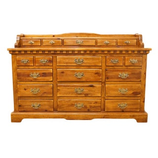 Late 20th Century Vintage Link Taylor Solid Colonial Pine Country Rustic Style Triple Dresser For Sale