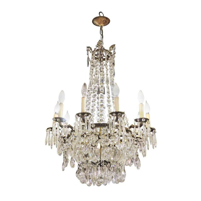 Large and elegant crystal chandelier with 10 arms.