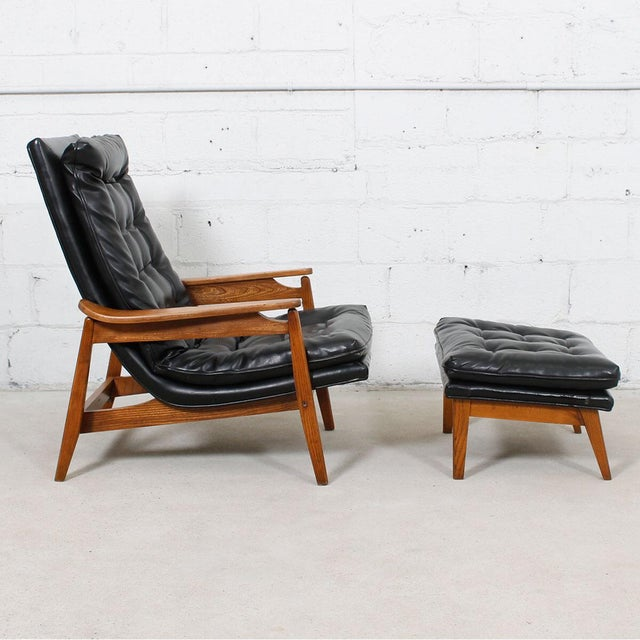 Mid-Century Modern Tufted Lounge Chair With Ottoman - Image 3 of 10