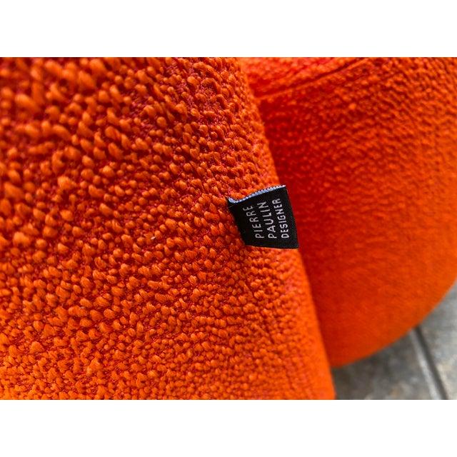 Pierre Paulin Orange Loveseat For Sale In Philadelphia - Image 6 of 10