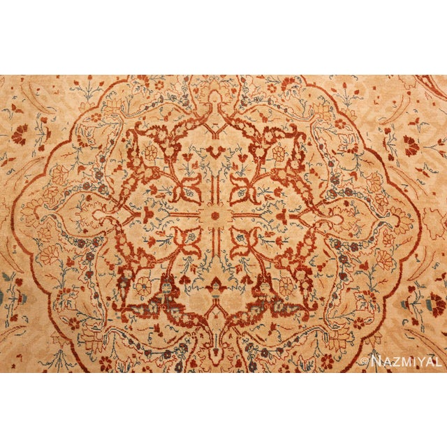 1900 - 1909 Antique Tabriz Haji Jalili Persian Ivory Background Rug - 9′2″ × 12′9″ For Sale - Image 5 of 10