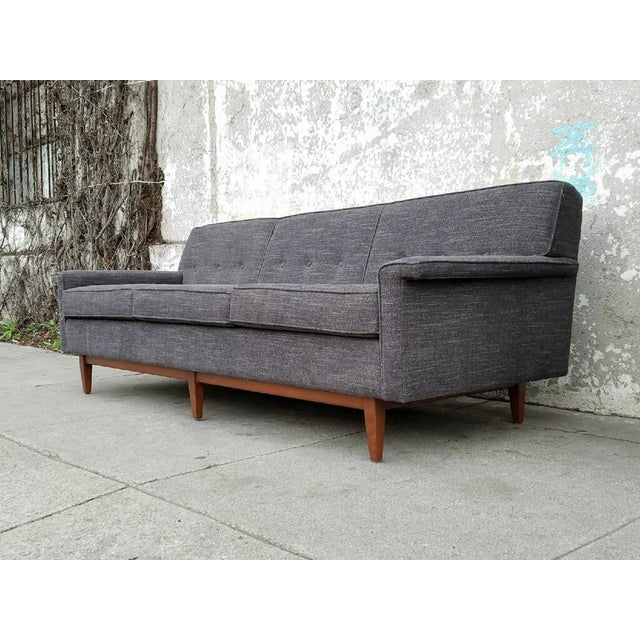 Gray Mid-Century Style Sofa - Image 4 of 7