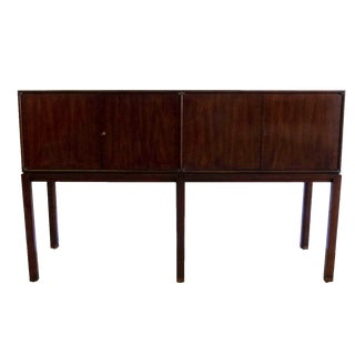 Mid Century Modern Henredon Sideboard For Sale