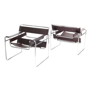 Vintage Mid Century Modern Vintage Marcel Breuer for Knoll Wassily Chairs - a Pair For Sale