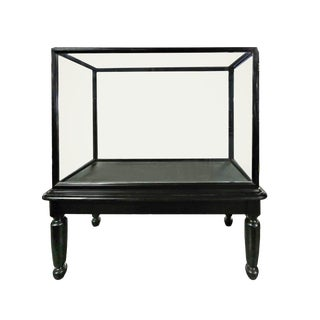 20th Century English Traditional Black Wooden Showcase