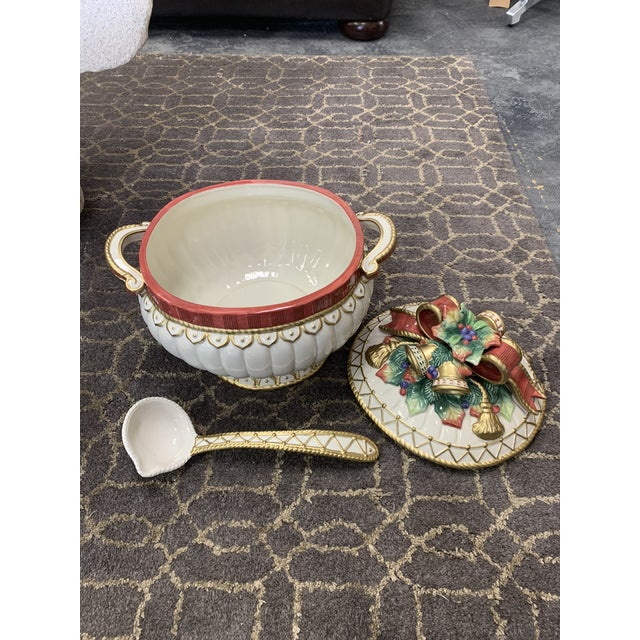 Traditional Fitz & Floyd Christmas Deer Tureen with Lid and Ladle For Sale - Image 3 of 5