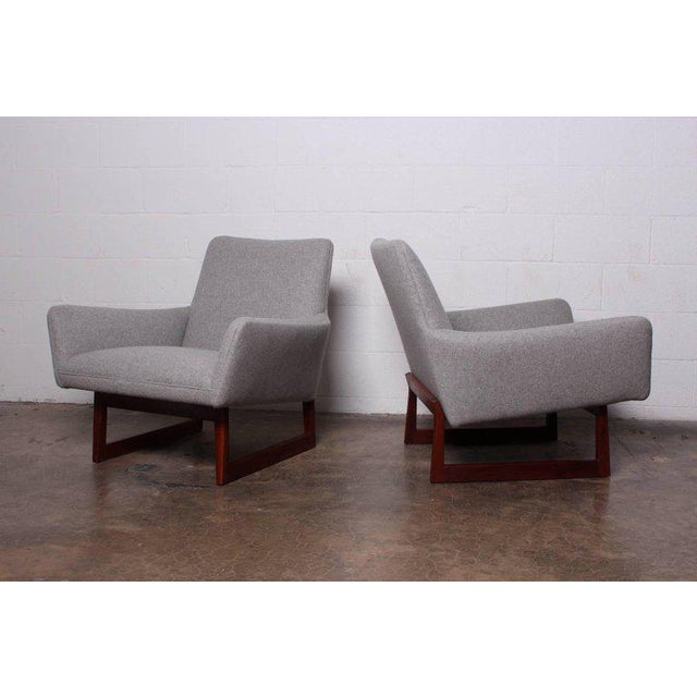 1960s Pair of Lounge Chairs by Jens Risom For Sale - Image 5 of 13