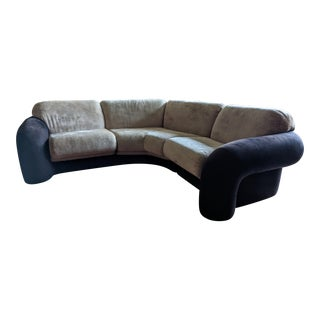 Mid Century Modern Curved Modular Sectional Sofa for Preview Furniture For Sale