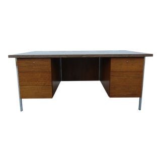 Vintage Florence Knoll Walnut and Chrome Executive Desk With Laminate Top For Sale