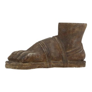 Early 20th Century Italian Carved Marble Roban Gladiator Foot Sculpture