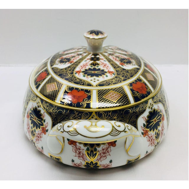 Chinoiserie Royal Crown Derby Covered Vegetable Dish in Old Imari Pattern For Sale - Image 3 of 12