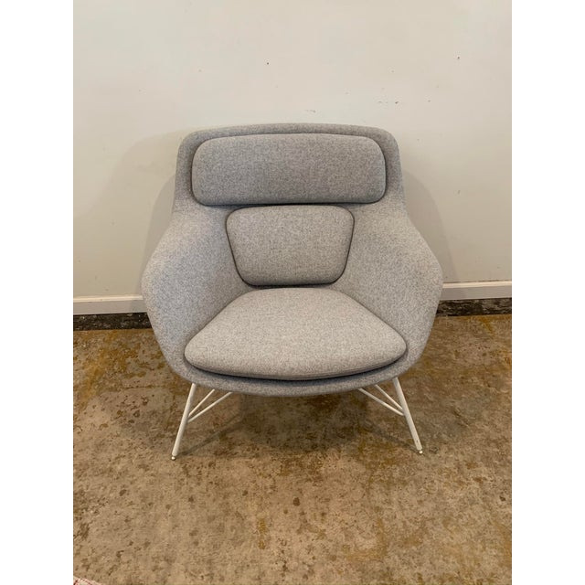 Mid-Century Modern Gray Flannel Mid-Century Womb Chair For Sale - Image 3 of 9