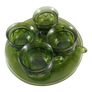 1960s Vintage Green King's Crown Tiffin Plates & Matching Cups- 8 Pieces For Sale