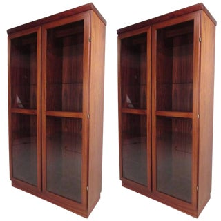 Mid-Century Rosewood Display Cabinet by Skovby For Sale