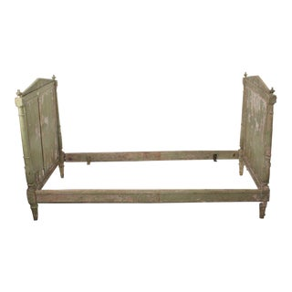 Late 19th Century Antique French Neoclassical Painted Provincial Daybed For Sale