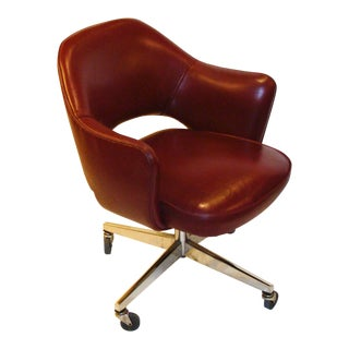 Knoll Eero Saarinen Desk Chair For Sale