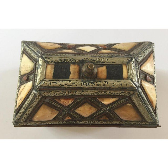 Mid 20th Century Moroccan Decorative Jewelry Box Inlaid With Bone and Silvered Brass For Sale - Image 5 of 13