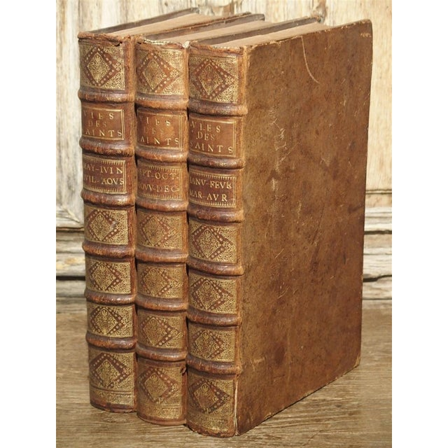 Set of 18th Century French Leather Bound Books, Les Vies Des Saints, 1715 For Sale - Image 13 of 13