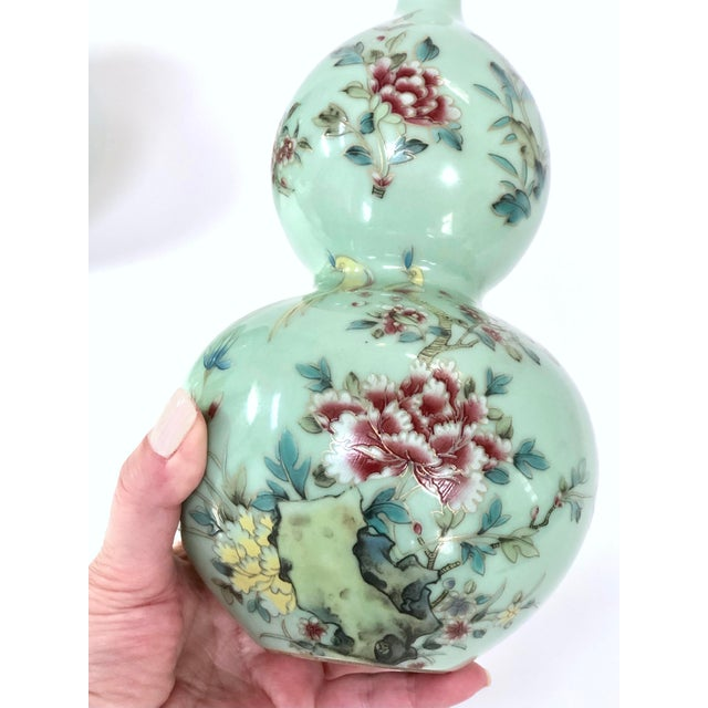 Chinese Celadon Porcelain Double Gourd Vases With Hànzì and Floral Motif - a Pair For Sale - Image 4 of 13