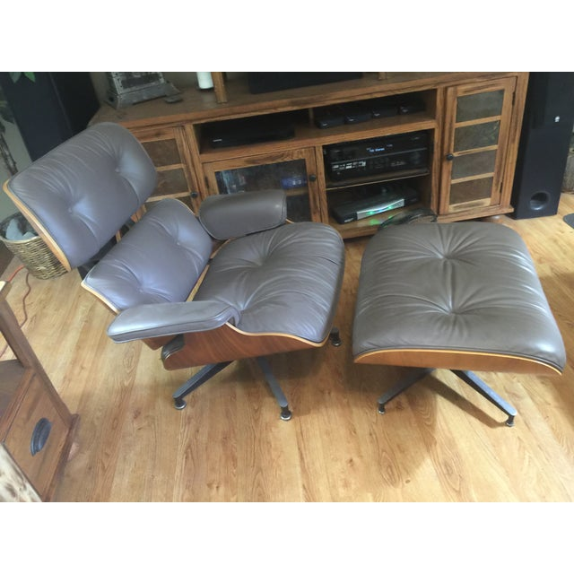 Herman Miller Eames Lounge Chair & Ottoman - Image 2 of 6