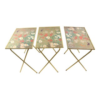 1970s Mid Century Modern Brass Floral Butterfly Tray Tables - Set of 3 For Sale