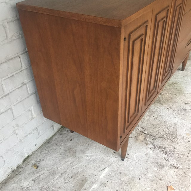 1960s Mid Century Modern Sculptra Broyhill Buffet For Sale In Nashville - Image 6 of 13