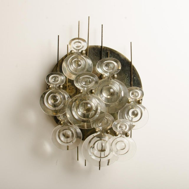 1960s 1965 Mid-Century Italian Glass And Brass Wall Sconce For Sale - Image 5 of 13