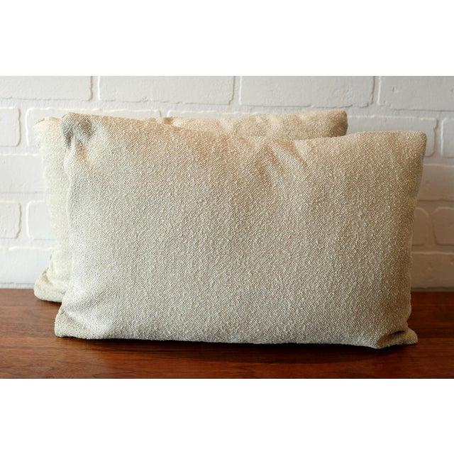 2010s Italian Linen Bouclé Lumbar Pillow Covers - A Pair For Sale - Image 5 of 5