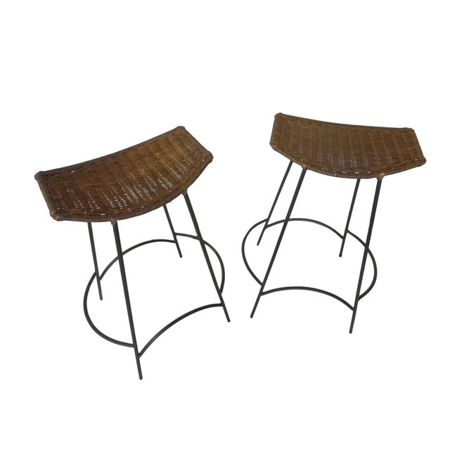 1950s 1960s Arthur Umanoff Iron and Wicker Bar Stools - a Pair For Sale - Image 5 of 6
