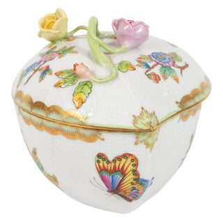 1930s Art Deco Hand Painted Decorative Porcelain Box by Herend of Hungary For Sale