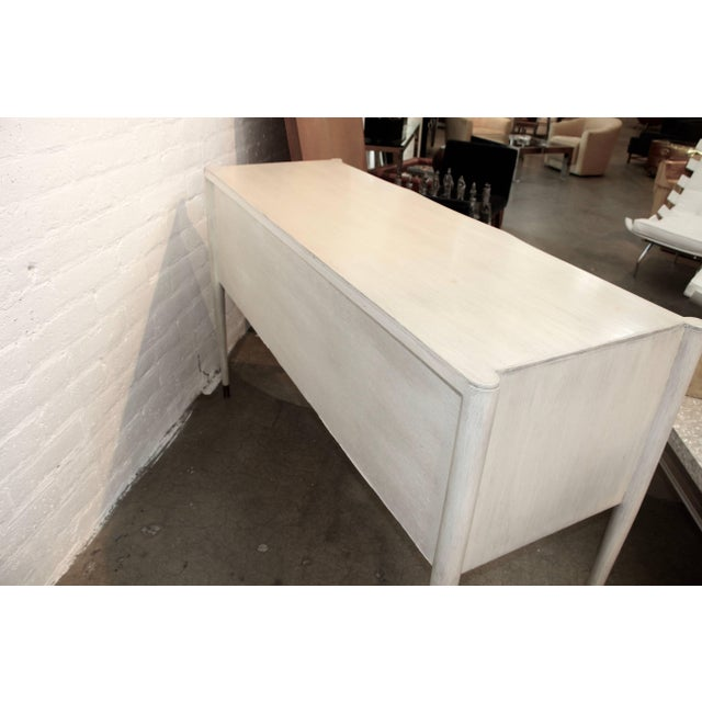 Mid-Century Modern Paul Frankl for Brown Saltman Credenza in White Wash Finish For Sale - Image 3 of 11