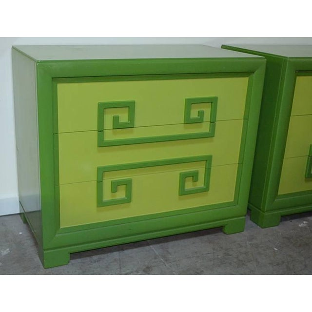 Wood Green Kittinger Two-Tone Greek Key Chests - A Pair For Sale - Image 7 of 9