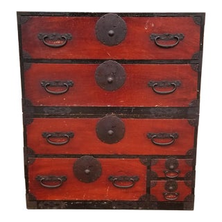 1910s Japanese Red and Black Lacquered Patinated Stacking Tansu Chest - 2 Pieces For Sale