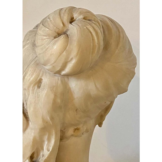 Traditional Alabaster Bust of Young Lady and a Bird, 19th-20th Century For Sale - Image 3 of 13