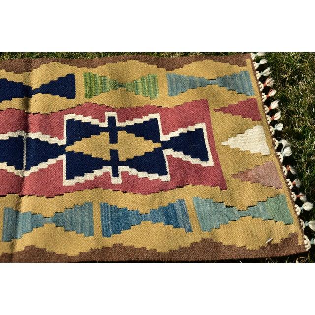 1980s Nomadic Tribal Design Anatolian Oushak Traditional Wool Handmade Turkish Kilim Rug For Sale - Image 5 of 10
