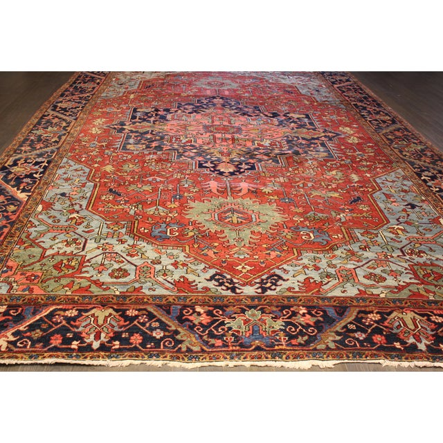 """Hand-Knotted Heriz Rug - 10' x 15'4"""" For Sale - Image 4 of 4"""