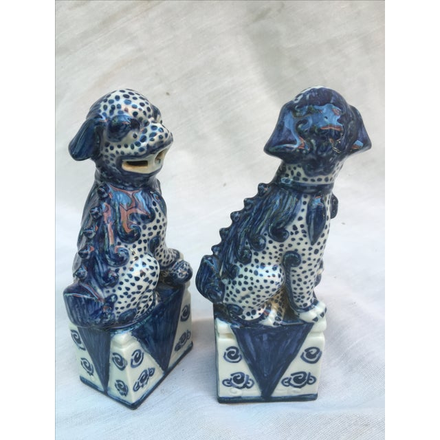 Blue & White Foo Dogs - A Pair - Image 7 of 9
