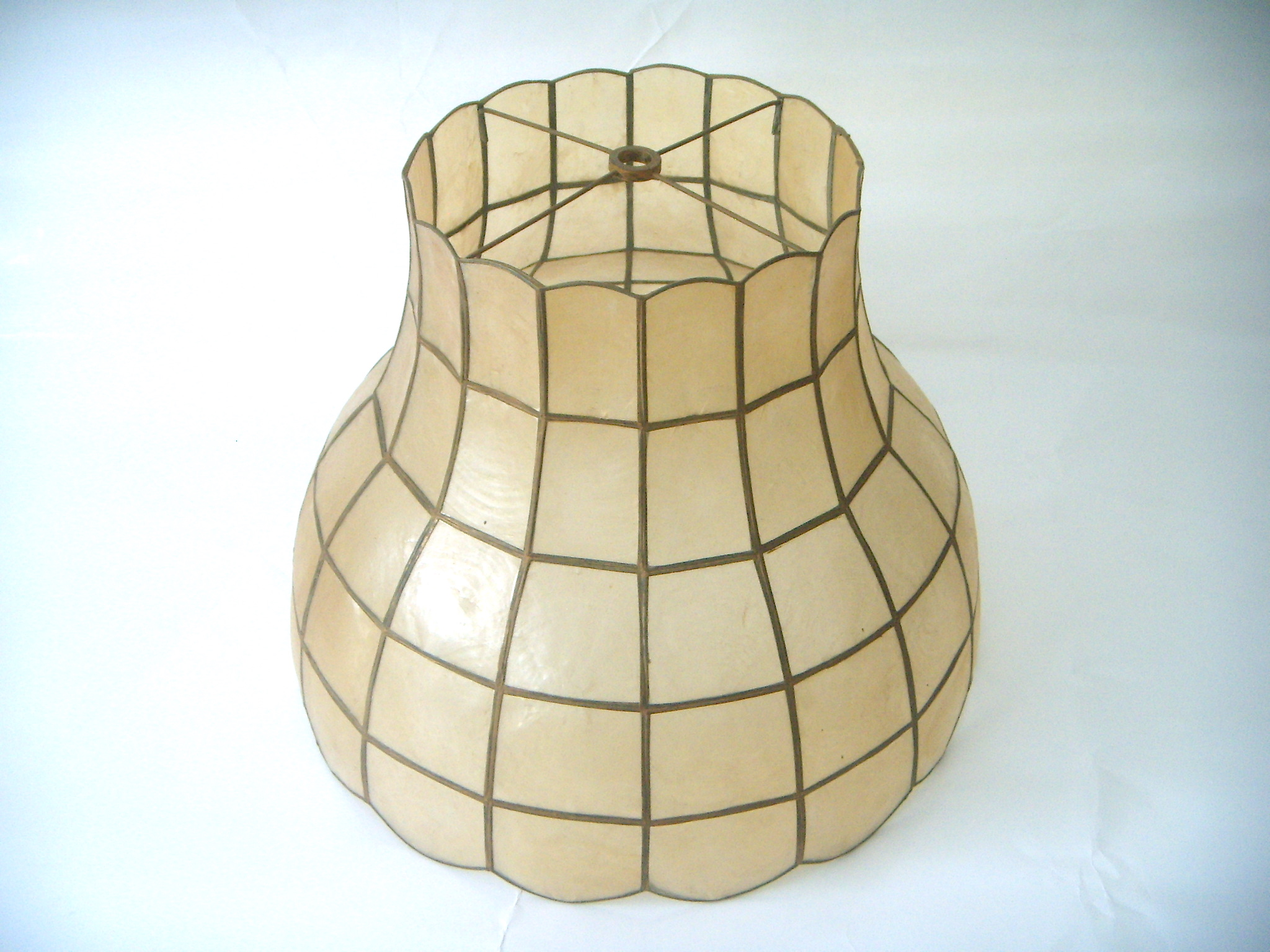Vintage Capiz Shell Lamp Shade   Image 2 Of 5