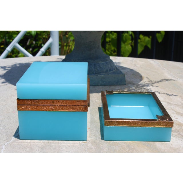 Art Deco Early 20th Century French Tiffany Blue Opaline Glass Box and Ashtray Set For Sale - Image 3 of 13